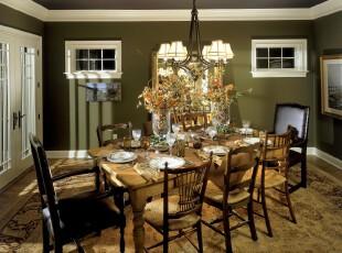 田园风格餐厅,原木餐桌,绿色墙面和餐桌花束描绘出一幅郊外就餐的美图。,餐厅,田园,餐台,墙面,灯具,绿色,白色,原木色,