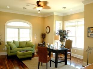 黄色的墙面,绿色的沙发,简约时尚,客厅,吧台,简约,黄色,绿色,