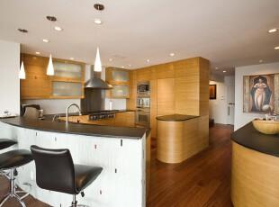 ,厨房,灯具,吧台,黑白,原木色,