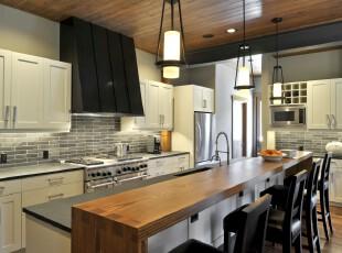 经典的黑白色调厨房,厨房,灯具,餐台,现代,黑白,