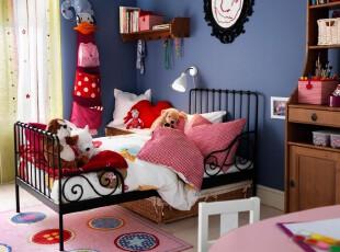 现代主义风格的儿童房,多种颜色配搭给及孩子无限的想象空间。,儿童房,现代,墙面,窗帘,蓝色,粉色,黄色,