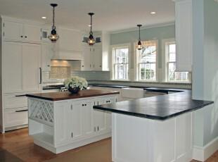 简约欧式厨房,干净、整洁、大方。,厨房,简约,欧式,宜家,灯具,餐台,吧台,白色,黑白,