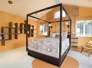 现代简约主义卧室,轻快的黄色和白色渲染出一种简洁明亮的氛围,墙面的小巧设计和颇具小资的竹帘十分讨人喜爱。,卧室,现代,小资,宜家,窗帘,墙面,灯具,黄色,黑白,