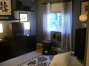 日式小型客厅,席地而坐,清酒一壶,在榻榻米上享受一番日式风情吧!,日式,客厅,窗帘,墙面,灯具,相片墙,黑白,蓝色,黄色,