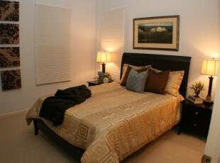 现代中式卧室,简朴、宜家。,卧室,中式,相片墙,灯具,宜家,原木色,黑白,白色,