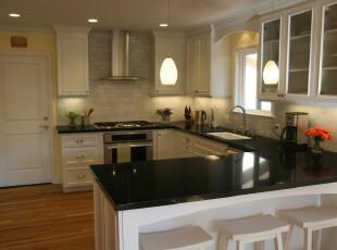 现代主义厨房,简单宜家。,厨房,现代,宜家,灯具,收纳,黑白,白色,吧台,墙面,