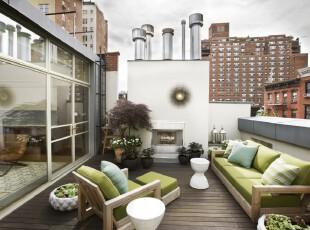 拥有一个田园式的阳台是多么惬意的事情!不管户外天气如何,自家阳台的春意可以随时随地的展示出来。,阳台,田园,小资,墙面,春色,绿色,白色,