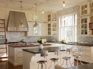 简约欧式厨房,干净、典雅。,厨房,餐厅,餐台,吧台,灯具,收纳,欧式,白色,