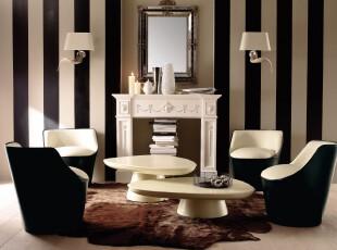 简欧风格的小客厅,大胆的黑白撞色赋予了这个小客厅强烈的存在感。,客厅,欧式,简约,小资,灯具,墙面,黑白,