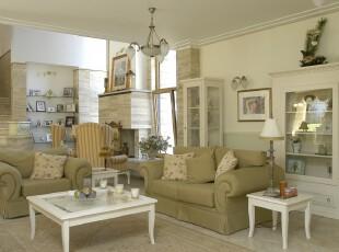 简约欧式客厅,象牙白的主色调既简洁又淡雅,仿岩石的墙柱和灰色沙发则散发出另一种内敛的美感。,客厅,简约,欧式,灯具,墙面,收纳,楼梯,白色,