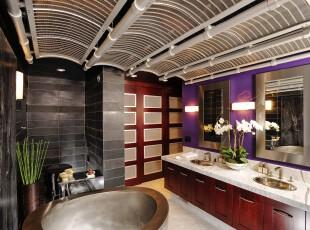 多色调,多风格的混搭卫生间,给人无限的想象空间。,卫生间,灯具,墙面,原木色,白色,黑白,紫色,