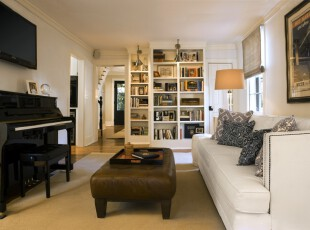 现代风格的书房,简洁、明亮。,书房,收纳,白色,黑白,