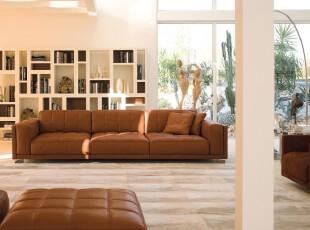 现代开放式书房,空间开阔,简洁大气。,书房,现代,简约,收纳,白色,原木色,
