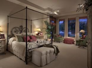 地中海风格的简约式卧室,颜色的配搭极具个性,黑白配简洁又大方,绿色和红色是田园色彩,将自然的气息带入卧室中。,卧室,地中海,简约,田园,灯具,窗帘,绿色,黑白,白色,红色,