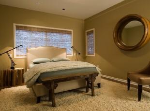 现代简约风格卧室,绿色墙面和竹帘的设计颇有小资格调。,卧室,简约,中式,小资,墙面,窗帘,灯具,绿色,春色,白色,原木色,