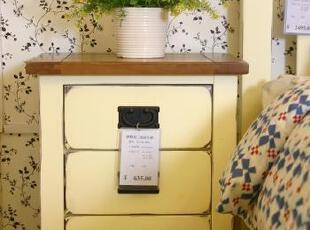 混色:柞木面框架,桦木体(乳白色部分),顶板芯为桦木贴面板  棕色:柞木面框架,面板芯为桦木贴面板,传统格调,床,