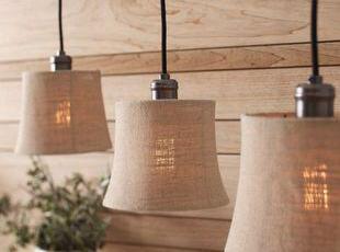 品牌: 美度灯饰 型号: 0570 灯身材质: 铁艺 灯罩材质: 布艺 工艺: 电镀铬色,现代主义,灯具,