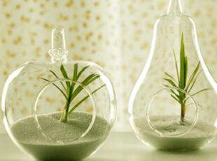创意玻璃花瓶  苹果,梨子玻璃花瓶手工吹制而成。  制作师傅完美的将玻璃发挥到了极致了,吹制出如此轻薄透亮的艺术摆件。,现代主义,花瓶,