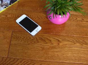 产品名称:橡木仿古多层实木复合801 产品规格:910*127*15MM 产品包装:20片 3.114平方 产品材质:橡木 促销特价:150元/平方 (市场价格280元/平方),现代主义,地板,