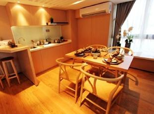 开放式厨房,是小户型布局的常用。,
