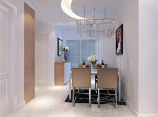 餐厅:餐厅本来空间不是很大,但是和厨房的开敞式结合,使空间变的宽敞,欧式的餐椅打单词啊用蓝色调,跟空见增减活跃的氛围。,