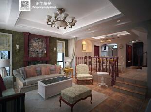 这是设计时画的客厅效果图  效果图里的家具是按照业主买好的款画进了效果图,结合硬装让业主感受他们和装修间的协调性,以便他们对设计的敲定,