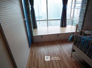 这是卧室实景照片,