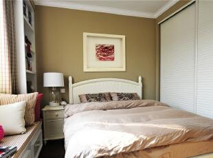 卧室的简洁,