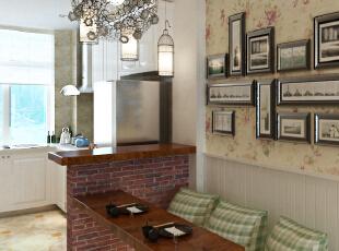 餐厅的一面座椅选择了柜体,把空间利用到最大化。,