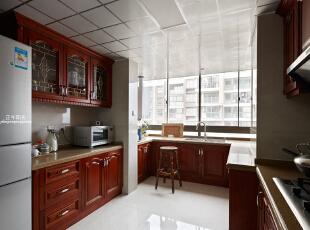 这是厨房实景照片,