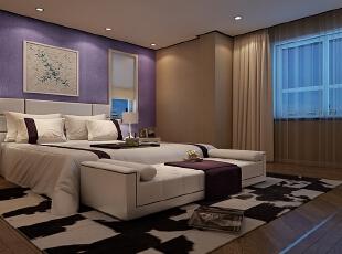 楼梯右侧的次卧室以温馨见长,紫色的墙壁表现的是小女孩的公主情怀,同时简洁的线条也展现出落落大方的性格。,