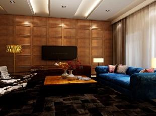 家庭室中也存在较多的古典元素,主要表现在立面墙体的处理上。电视背景墙运用木制做旧的护墙板古朴典雅,落地台灯选用金色作为点缀金碧辉煌。沙发茶几的选择以舒适为主,蓝色与白咖色形成强烈对比,热情奔放。,