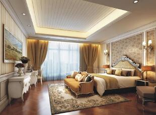 清爽卡其色与油画、墙裙的勾金、黑色的床头柜中和,讲浪漫华丽的感觉注入到空间中。,