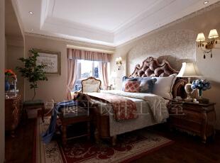 美式家具偏爱自然用料,木材的特殊纹理是美式家具的最爱。美国人认为房子是用来住的,不是用来欣赏的,舒适才是美式风格的精髓。,