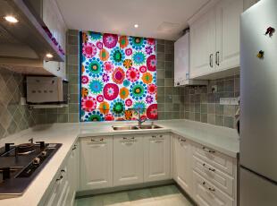 这是厨房的实景照片,