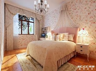 米色壁纸使卧室感觉温馨暖色的地板也给人宁静的感觉整体设计使人全身心放松。 ,