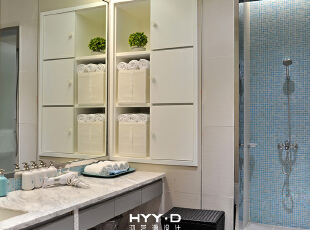 淋浴室,简约现代家私搭配素净的颜色,白与蓝和谐配比带来最柔和的视觉感受,塑造干净健康的环境氛围,让妈妈们得以在最安心的环境下完成梳洗。 ,