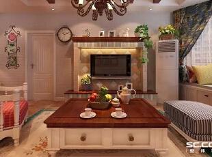 客厅的电视墙,以仿古砖处理,加以实木线条,布艺沙发的陪衬,增加了田园风格融入大自然的氛围。木质横梁及田园风格的墙壁钟让整个空间达到美化的画龙点睛之效,