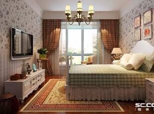 主卧室整个空间和谐统一,以米白色的家具为主轴展现简洁明亮的格局,床头后面的挂画在灯光的映衬下独显经典。装饰画,家具,地毯采用同一色系相互呼应,色彩显得干净又统一,