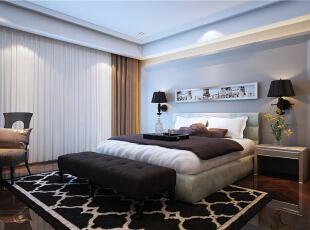 卧室是住宅中一个非常重要的环境之一,在漫长而又喧闹的工作时间结束后,回到一个温馨、舒适而又安静的卧室,可以在里面让心情放松、平静下来。卧室色调柔和,温馨,给人进来之后就要有放松的情绪。卧室要求安静,吸引,我们运用软包和护墙板。,