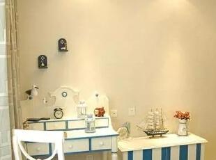 蓝白色调的儿童房,清新活泼,孩子一定很喜欢。,