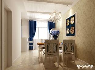 护墙板与壁纸的配合诠释了传统欧式田园的设计风格,区域木制墙框与整体的统一让这部分空间不会显得独立。,