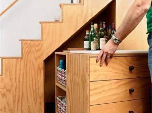 9款设计  让您家的楼梯变身储物间!