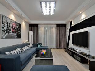 客厅,客厅,白色,黑白,窗帘,相片墙,墙面,灯具,
