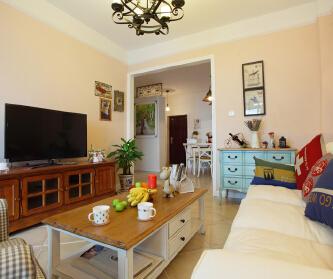 复古家具搭配清新的色...