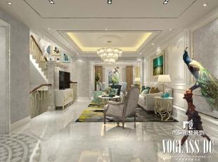客厅整体风格简洁明快,沙发背景墙用石膏线勾勒出框架造型,搭配碎花的图片