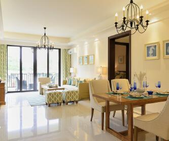 颐景湾畔3室2厅13...