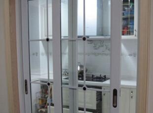 厨房和卫生间门选择技巧,防水和密封都重要!