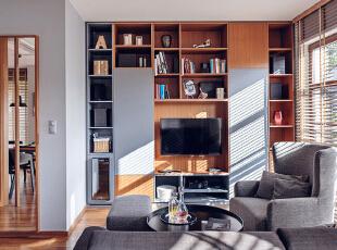 一室两厅现代原木风格