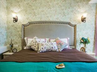 瀚唐小区美式风格平四居室样板间